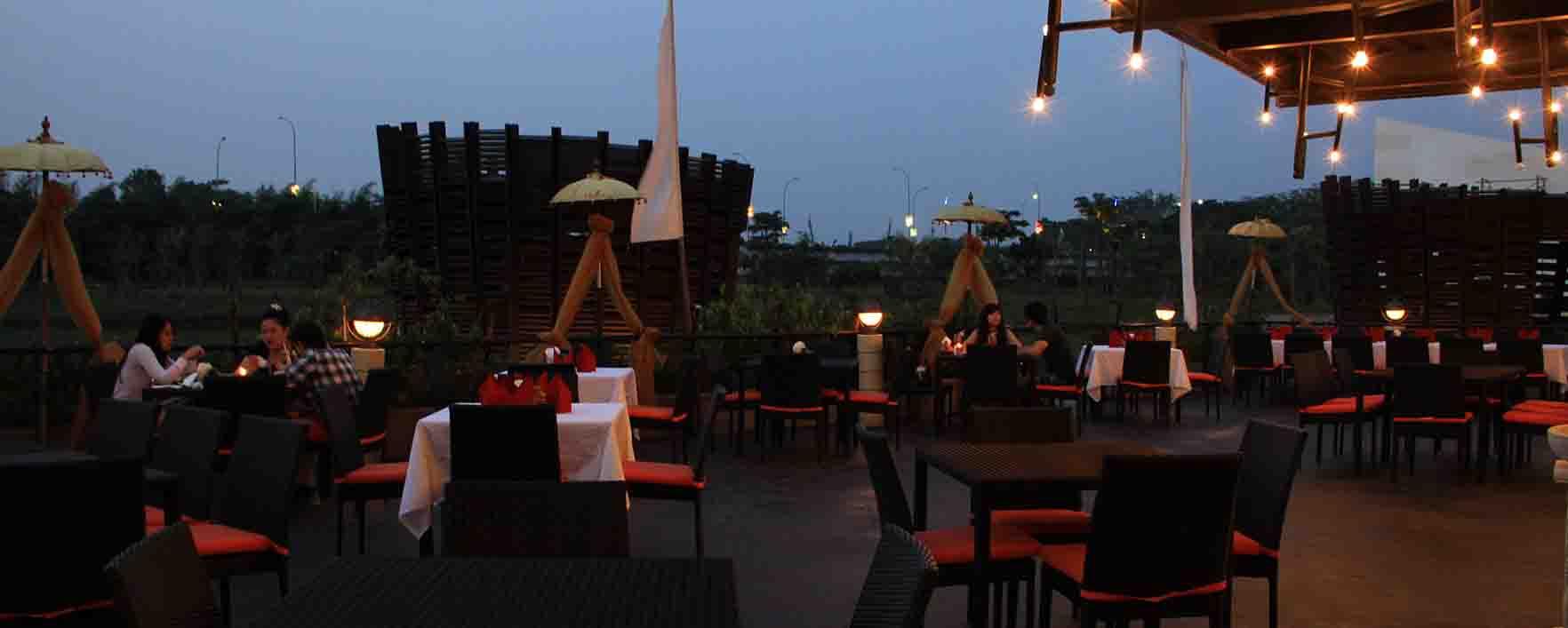 Bebek Bengil Restaurant The Breeze - Tangerang