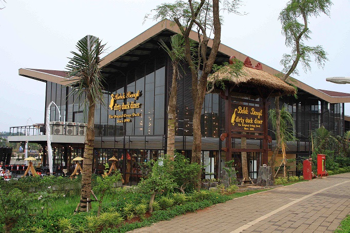 Bebek Bengil-The Breeze, Tangerang